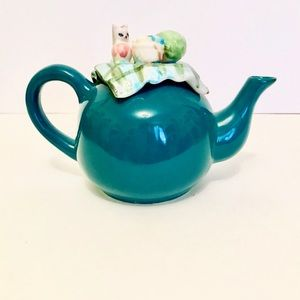 Vintage Decorative Kitten Teapot Ceramic
